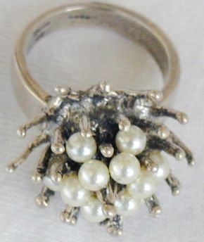 Thron ring