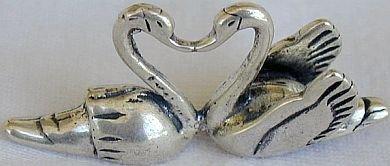 Kissing swans miniature