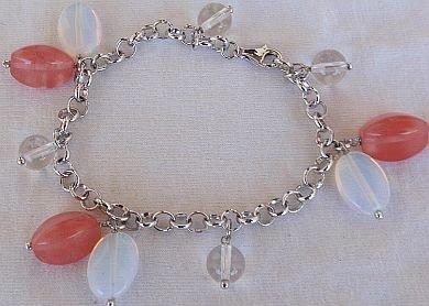 Red quartz bracelet
