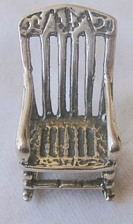 Rocking chair miniature-A