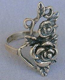 Little rose ring