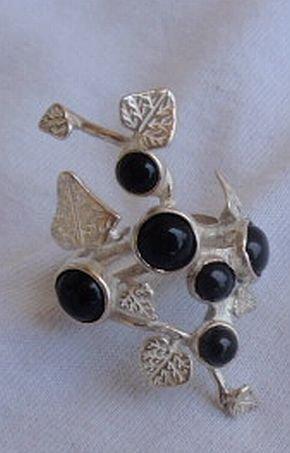 Silver flower-B-black