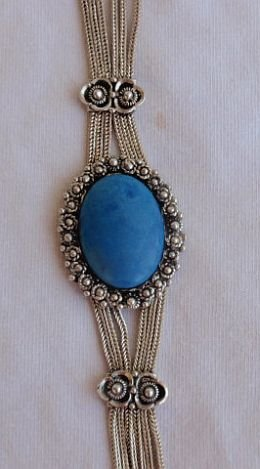 Oriental blue agate necklace