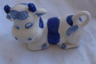 The happy cow porcelain miniature