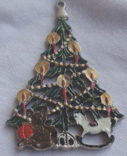Metal miniature Christmas tree