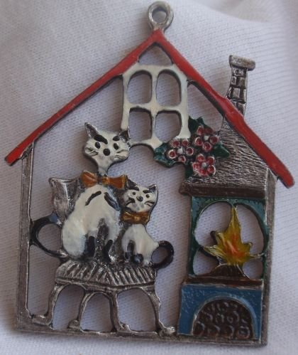 The cats house miniature