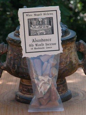 Abundance . Old World Incense 16 Cones