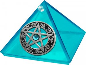 Aquamarine Glass Pyramid and Pentacle with stone  2 in