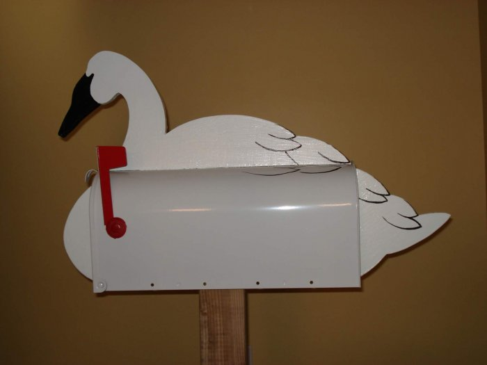 MAILBOXES - Swan mailbox