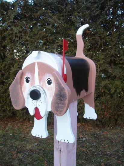 Mailboxes - Beagle mailbox