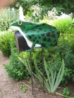 Mailboxes -Frog mailbox
