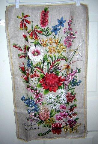 Wildflowers of Australia by Neil Souvenir linen towel unused 1214vf