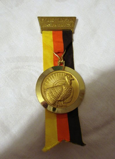Medal from 1st Turkey Trot 1976 Ramstein Air Base 1215vf