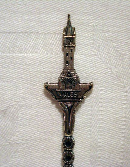Wales silver plated souvenir spoon vintage figural tower 1254vf
