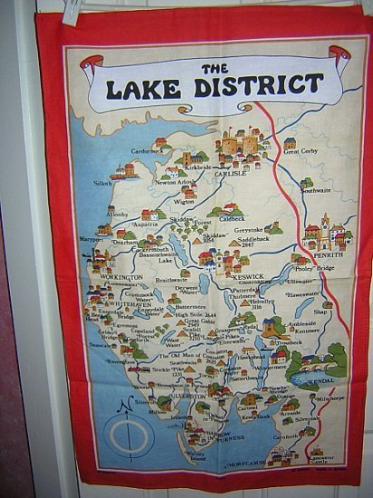 Lake District souvenir towel Vista made in UK red border unused 1277vf