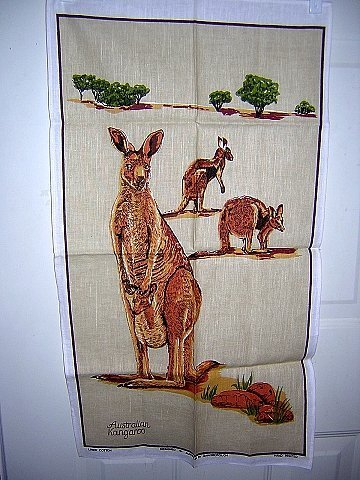 Australian kangaroo fabulous tea towel Gainsborough unused 1298vf