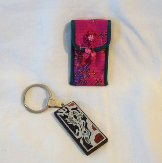 Inlaid wood abalone metal Korea souvenir key ring with case preowned 1470vf