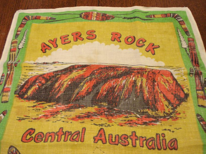 Ayers Rock Central Australia souvenir linen tea kitchen towel kangaroos used vintage 1494vf