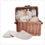 Honey Vanilla Spa in a Basket #34187