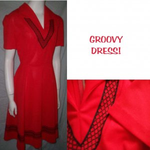 VinTagE 70's Red & Black Flair Skirt Dress * Stunning Polyester!* Women's Size Large