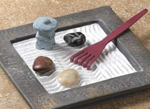 Calming Miniature Zen Garden Will Cause Extreme Relaxation