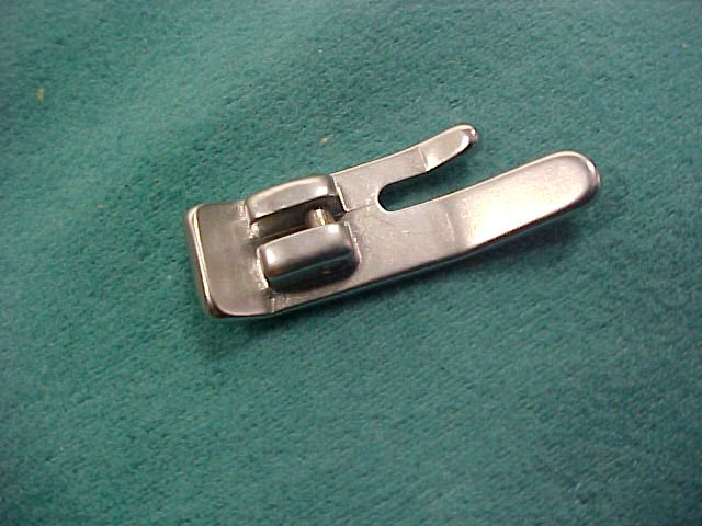 Singer Sewing Snap-On Straight Stitch Foot Part #161919  RM-2