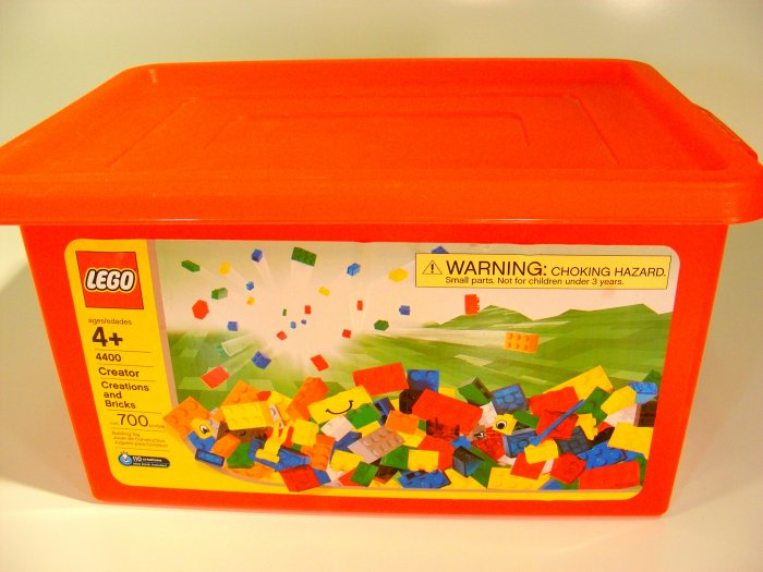 Lego Creator Set 4400 with Large Red Tub 300+ Pieces