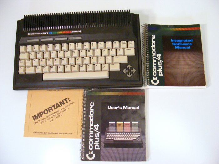 Commodore Plus 4 with User's Manual and Software Manual