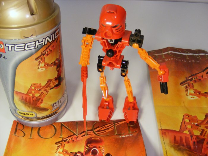 RETIRED  Red TOA TAHU  LEGO TECHNIC BIONICLE 8534 Rare Poster! 2001 D09