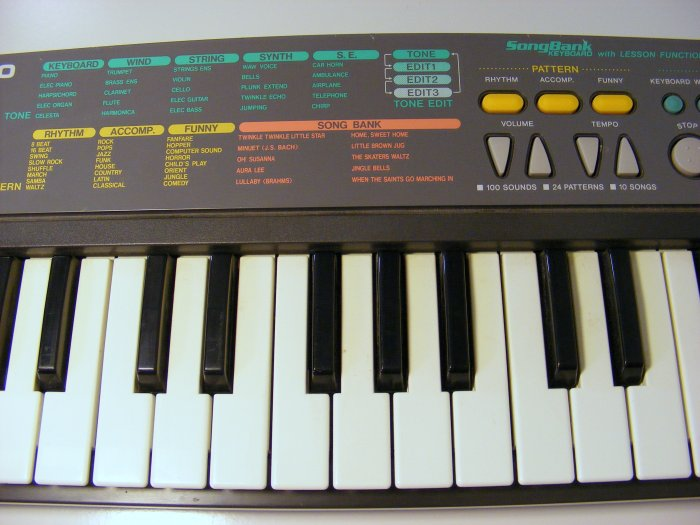 Casio SA-35 Vintage Casio Keyboard Synthesizer Songbank