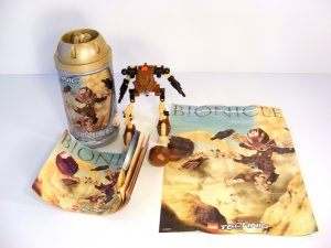 RETIRED  Brown TOA POHATU LEGO TECHNIC BIONICLE 8531 Rare Poster and Rock! 2001 B51