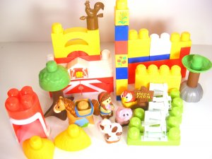 Classic Older Mega Bloks Farm Set