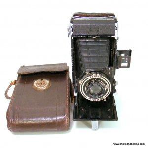 Vintage Zeiss Ikon Nettar 515-2 Folding Camera with Case Derval Novar-Anastigmat  6X9 cm