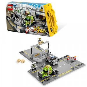 LEGO 8199 Racers Security Smash Brand New