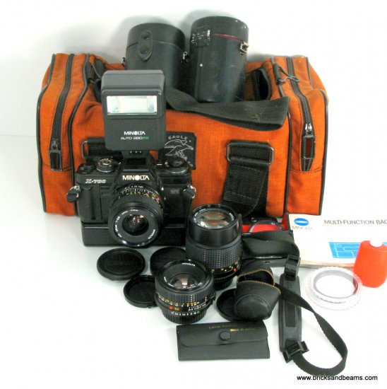 Minolta X-700 MPS SLR 35mm Film Camera w Multi-Function Back Winder 3 Lens Flash Kit Case Manual