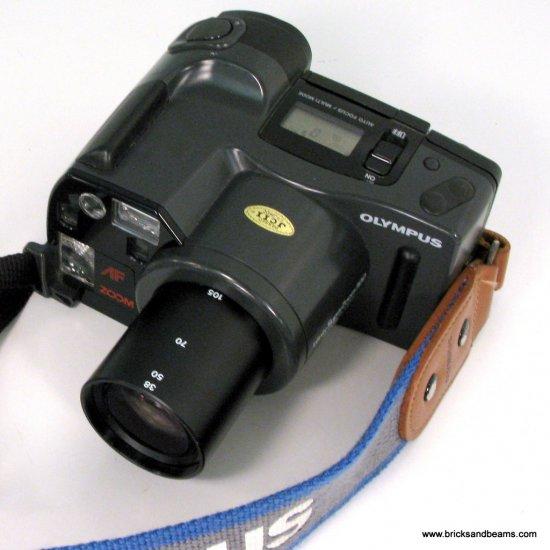 Olympus Infinity Super Zoom 300 38-105mm 35mm FILM Camera 35mm 105mm Zoom  Case Strap