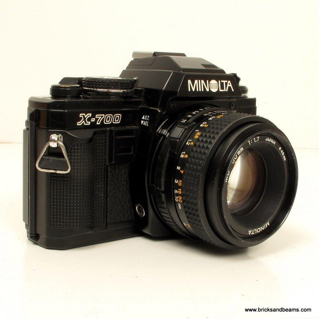 Minolta X-700 MPS SLR 35mm Film Camera w 2 Lens