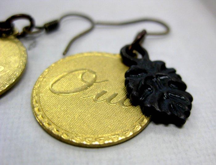 Handmade Oui/Non earrings