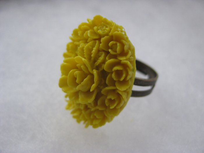 Handmade Ring - Yellow Vintage Floral Cab