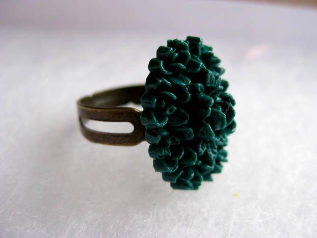 Handmade Ring - Green Vintage Floral Cab