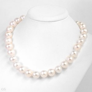 """11MM!!! Freshwater Pearls-14K- 18""""- Natural White!!"""
