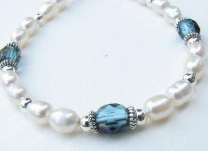 Freshwater Pearl Handmade Artisan Bracelet Stunning Northern Lights Aqua Blue Green Accents