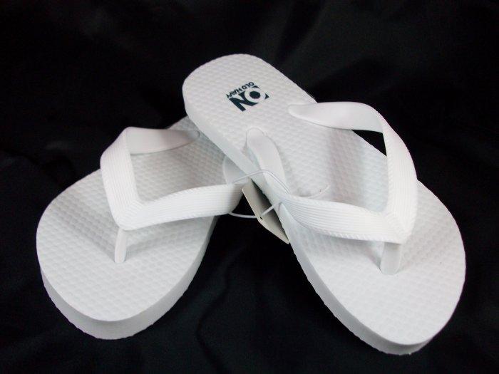 Girl's White Flip Flops - Size 1/2