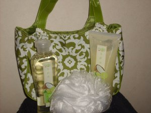 * SALE*Belle Spa Coconut Lime Shower gel and Body Scrub set