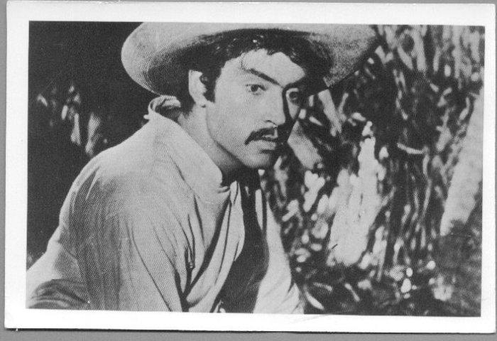 Pedro Armendariz postcard from la Perla 1947