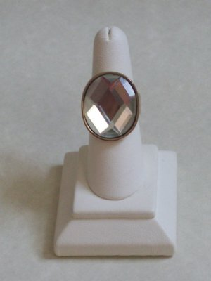 CRYSTAL RING W/ GOLD SETTING, SIZE 6.5-7