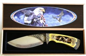 New!  American Eagle Collectable Knife with display box