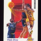 1991-92 Skybox Basketball #134 Vlade Divac - Los Angeles Lakers