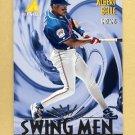 1995 Pinnacle Baseball #298 Albert Belle SM - Cleveland Indians