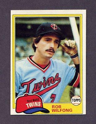1981 Topps Baseball #453 Rob Wilfong - Minnesota Twins ExMt